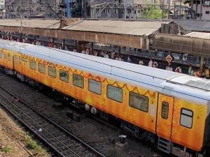 Suresh Prabhu flags off Mumbai to Goa Tejas Express Train