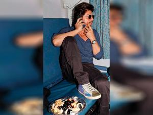 Actor Shah Rukh Khan travels from Mumbai to Delhi in August Kranti Rajdhani Express