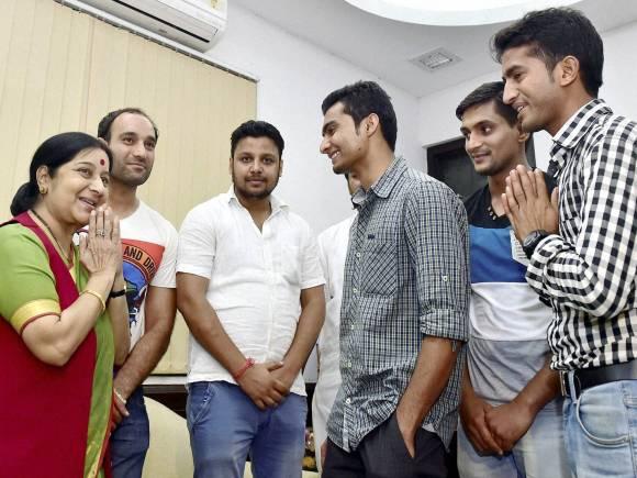 Sushma Swaraj,Indian sailors,Indian sailors Jailed in Iran,Sushil Kapoor
