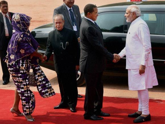 Prime Minister of India, Narendra Modi, President of India, Pranab Mukherjee, President of Tanzania, Jakaya Kikwete, Foreign Minister of india, Sushma Swaraj, India, Tanzania, Rajghat, New Delhi, Salma