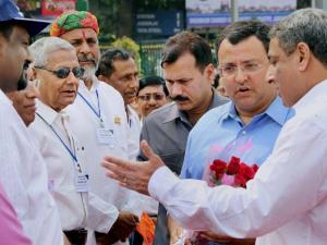 Cyrus Mistry, Chairman of Tata Group alongwith T V Narendran, Managing Director of Tata Steel interacts during 177th birth anniversary of its founder, Jamsetji Nusserwanji Tata,  in Jamshedpur