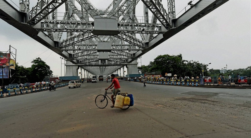 deserted, Howrah bridge, transport workers, went, strike, Kolkata