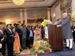 Vice President Hamid Ansari  addressing the Indian Community   in Bangkok