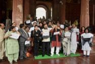 TMC MPs protest over black money issue in Parliament