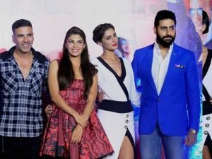 Lisa Haydon, Riteish Deshmukh, Akshay Kumar, Jacqueline Fernandez, Nargis Fakhri and Abhishek Bachchan during the trailer launch of film Housefull 3 in Mumbai 02