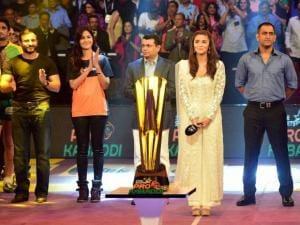 Alia Bhat, Saif Ali Khan, Katrina Kaif, Star India CEO, Uday Shankar, MS Dhoni