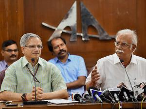 Ashok Gajapathi Raju Pusapati addresses a press conference about the second round of bidding under RCS-UDAN