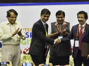 Suresh Prabhu during the India Integrated Transport and Logistics Summit 2017