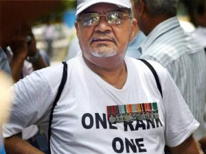 ex-serviceman protesting for One Rank One Pension at Jantar Mantar