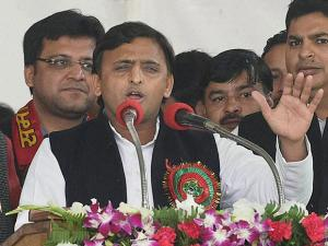 UP election Akhilesh Yadav vs Mulayam singh Yadav tussle