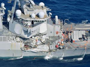 The damage of the right side of the USS Fitzgerald is seen off Shimoda