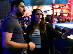 Yuvraj Singh and  Neha Dhupia at the WBO Asia Pacific Middleweight Championship