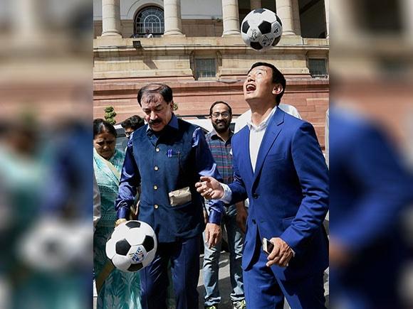 FIFA U-17 World Cup, Parliament, Members of Parliament, Baichung Bhutia, Sumitra Mahajan, Praful Patel, FIFA World Cup, Football
