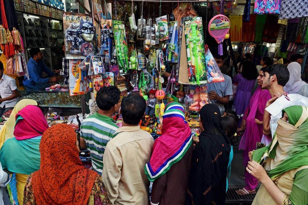 People, busy, shopping, Eid, srinagar