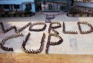 Students make human chain, extending warm wishes to Team India