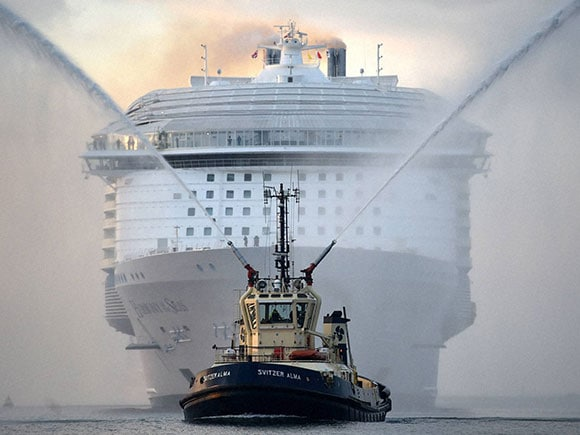 World 39 s largest passenger ship prepares for maiden voyage for The world cruise ship cost