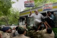 Youth Congress protests outside Sushma Swaraj's residence