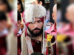 Yuvraj Singh  leaving for his wedding ceremony in Panchkula