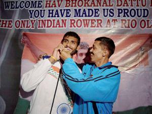 Indian rower Dattu Bhokanal returns to Mumbai Airport after participating in the  Rio Olympics 2016