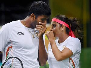 Sania Mirza And Rohan Bopanna  play their mixed doubles match