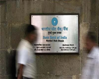 May 18: SBI Q4 PAT at Rs 4,050 cr