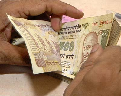 Rupee hits new low of 55.09/dollar
