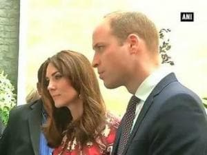Duke, Duchess of Cambridge pay homage to 26/11 Mumbai attack victims