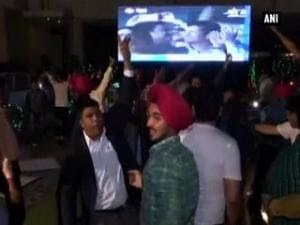Fans celebrate as India beat Pak in World T20