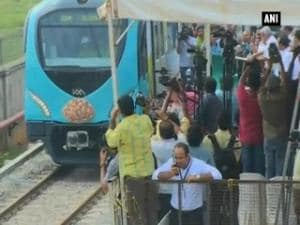 Kerala CM Chandy flags off trial run of state's first metro