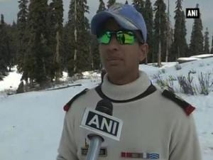 Soldiers train for avalanche rescue at high altitude in Gulmarg