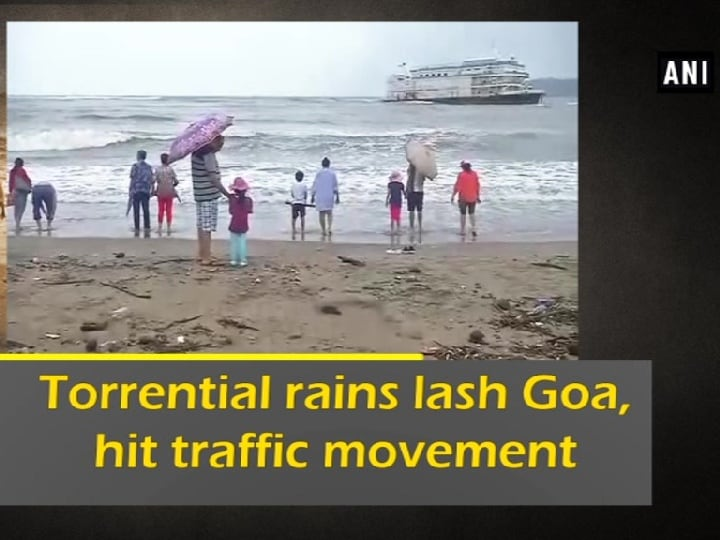 Torrential rains lash Goa, hit traffic movement