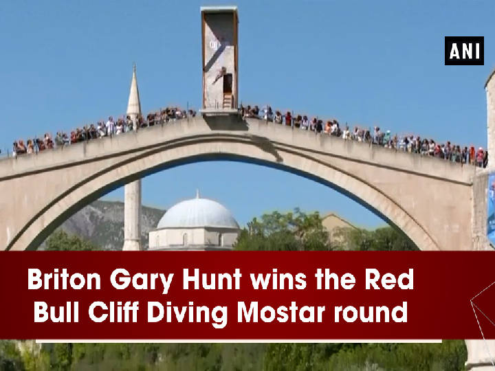 Briton Gary Hunt wins the Red Bull Cliff Diving Mostar round