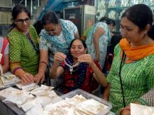 People buying gold jewellery at a store in Mumbai (Pic: Kamlesh Pednekar)