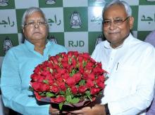 Nitish Kumar with Lalu Prasad Yadav