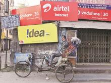 Incumbent telcos to lose edge over Jio as users switch to 4G handsets