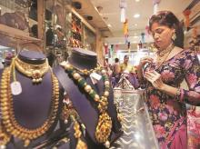 PMLA scare changes jewellery business, customers prefers barter