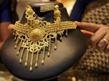 Wedding season demand pushes gold prices; up by Rs 25 on jewellers' buying