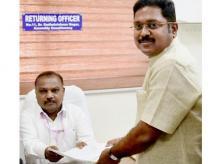 AIADMK leader TTV Dhinakaran, TTV Dhinakaran, Dhinakaran
