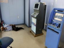 ATMs, Banks, demonetisation, cash-crunch, cash-deprived ATMs, Tamil Nadu, Andhra Pradesh, RBI, reserve Bank of India, high denomination, low denomination, Corporation bank,Confederation of ATM Industry, Telangana, Public sector banks, PSBs