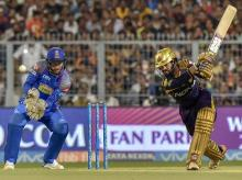 KKR vs RR, IPL 2018, Kolkata Knight Rider's captain Dinesh Karthik plays a shot during the 2nd Qualifer IPL eliminator cricket match between KKR and Rajasthan Royals, at Eden Garden in Kolkata. Photo: PTI