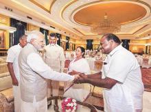 Narendra modi, Chandrababu Naidu, Kumaraswamy, Mamata banerjee, Pinarayi Vijayan, NITI Aayog,