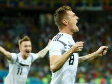 Kroos wins it for Germany