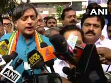 Shashi Tharoor, congress MP Shashi tharoor, BJP, Bharatiya Janata Party, bjp YOUTH WING, hINDI-pAKISTAN REMARK, Bhartiya Janata Yuva Morcha , BJYM, BJP chief S Suresh , sHASHI tHAROOR OFFICE, HINDU RASHTRA, kERALA OFFICE SHASHI THAROOR,  M M Hassan,