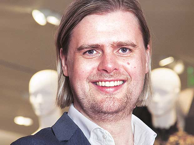 I know there'll be a long queue outside our store: Janne Einola