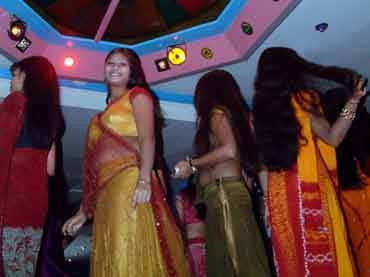 Supreme Court on Thursday 15 October 2015 stayed the ban on dance bars in Maharashtra