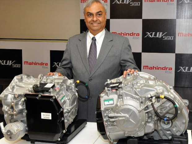 pravin Shah, President & Chief Executive, (Automative), M&M Ltd at the launch of the  XUV500 in Mumbai (pic: Suryakant Niwate)