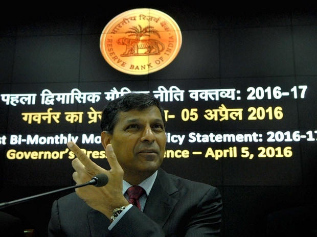 RBI Governor Raghuram Rajan speaks during the RBI's first bi-monthly policy review this fiscal (Photo: Kamlesh D Pednekar)