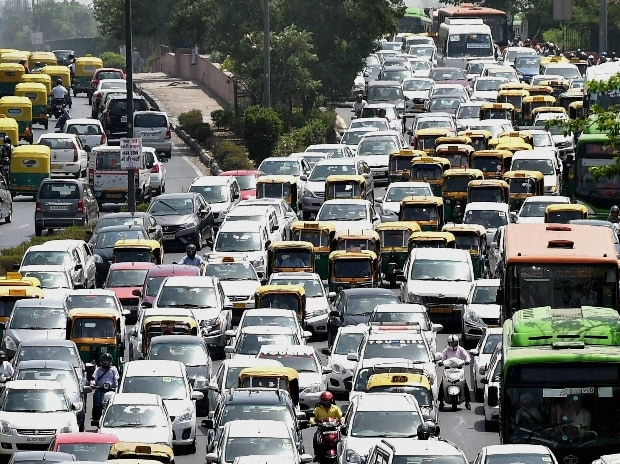 Traffic moves slowly at second phase of odd-even scheme