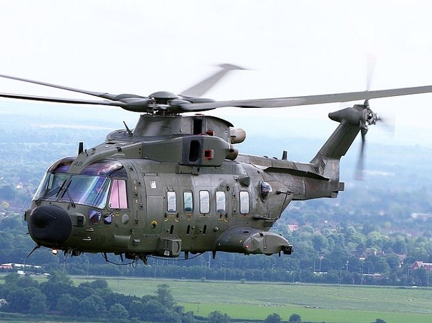 British AgustaWestland AW101 'Merlin' HC3A in June 2012 (Source: Wikipedia, Cpl Phil Major ABIPP RAF)