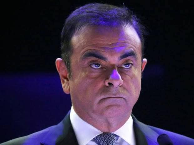 Renault keeps Carlos Ghosn at wheel after probe finds no pay wrongdoing